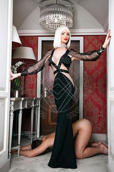Justine VERBANIA 3888209820